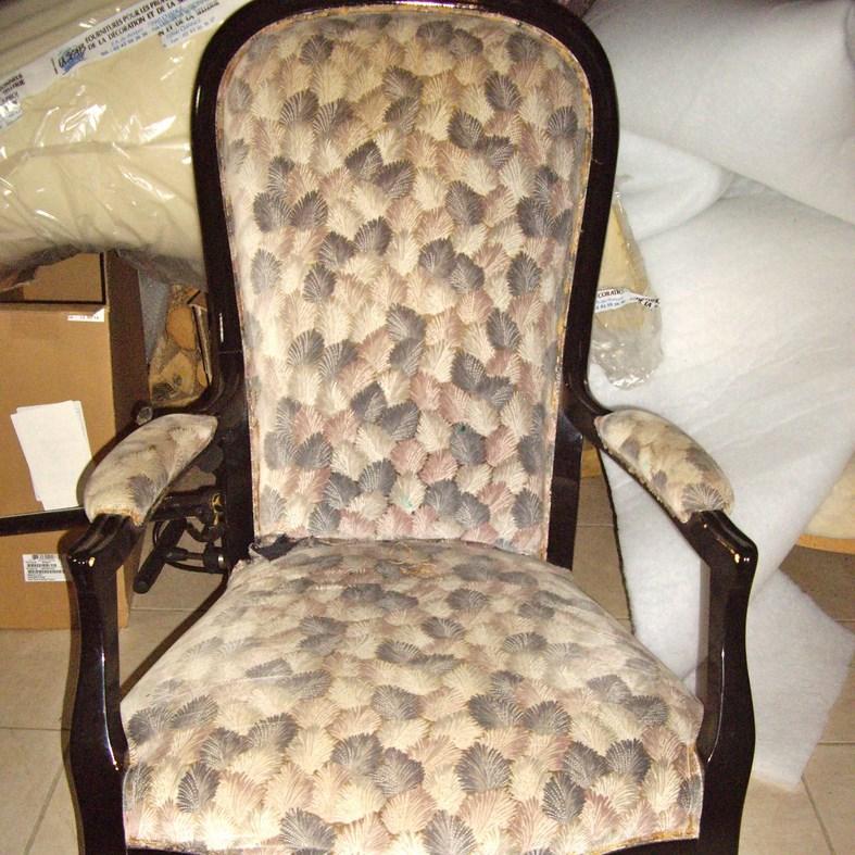 fauteuil voltaire relook dans l 39 air du temps tapissi re fauteuils brest landerneau. Black Bedroom Furniture Sets. Home Design Ideas